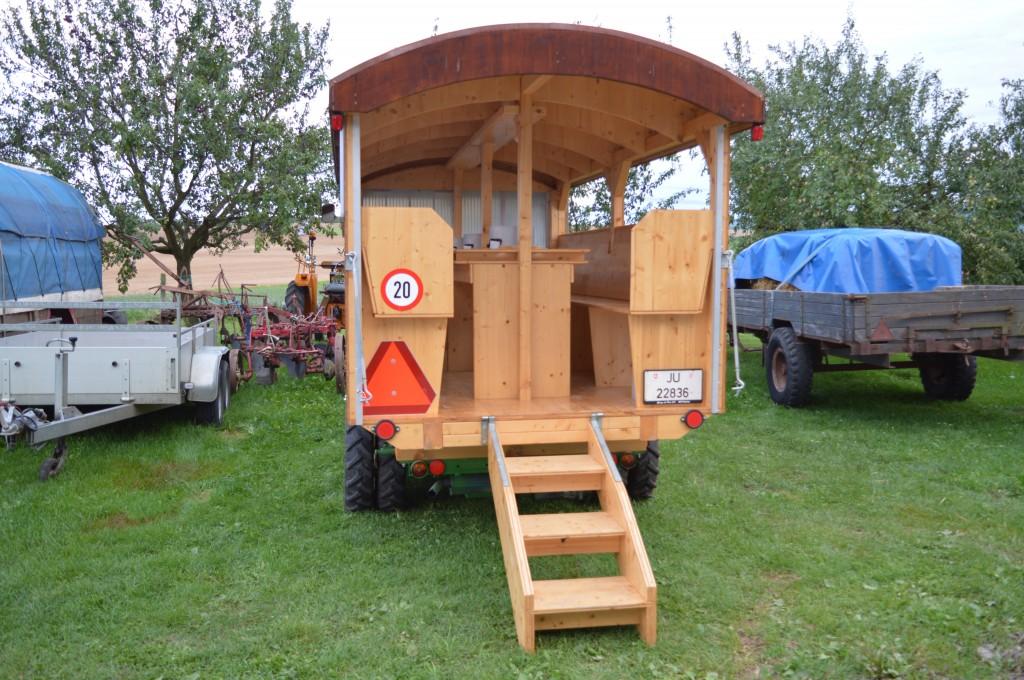 L'arrière de Schilter d'Yvan, modifié en tracteur à fondue.